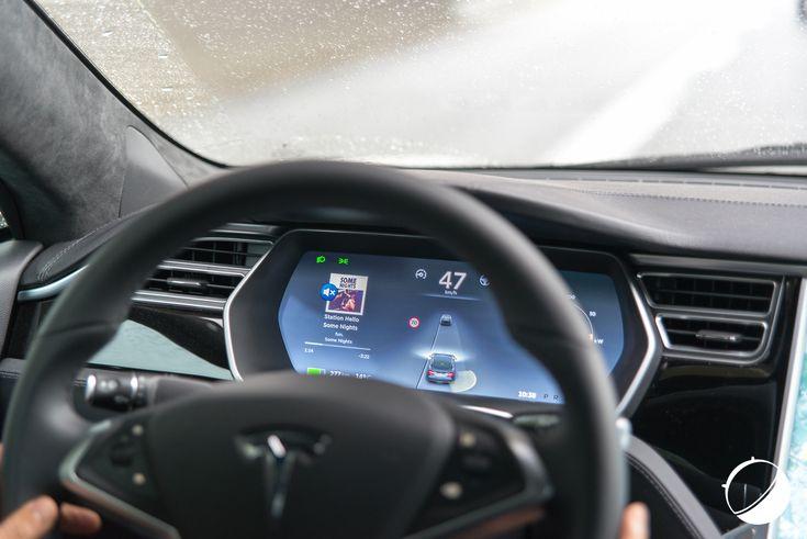 Google se paie le responsable de l'Autopilot chez Tesla - http://www.frandroid.com/marques/google/326662_google-se-paie-responsable-de-lautopilot-chez-tesla  #Automobile, #Google