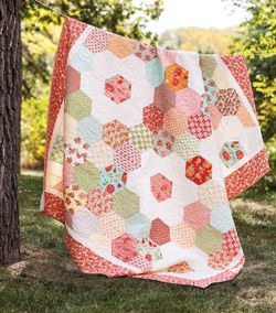 Want to be crafty this holiday season and make something unique? Learn how to quilt and watch step by step tutorials on how to make your own quilt from the Missouri Star Quit Company!
