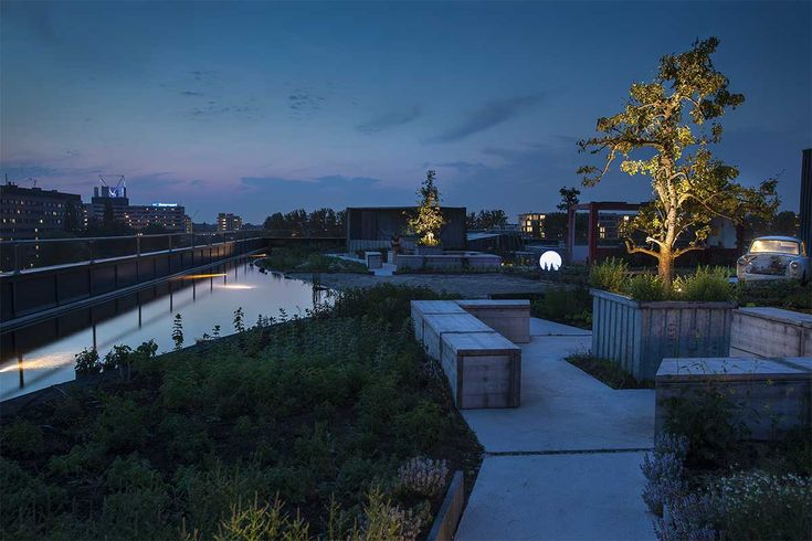 Rooftop park B. Bylon with restaurant Bureau situated on top of startup building B. Amsterdam