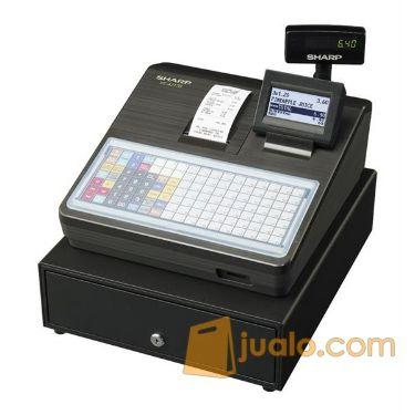 Jenis cash register berukuran sedang tampilan keren, memiliki fitur guest look up. Berbentuk portablen, ringkas dan tidak memakan tempat. Cocok untuk digunakan ditempat tempat terbatas