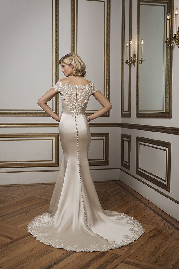 Best 25 old hollywood glamour dresses ideas on pinterest for Hollywood glam wedding dress