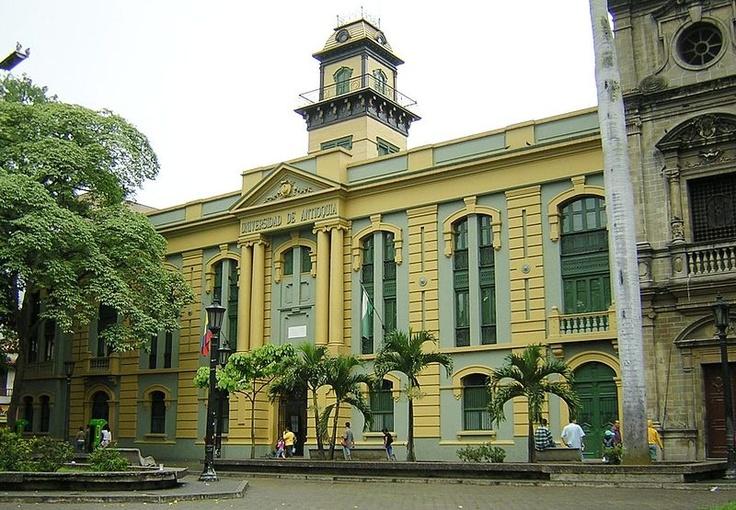 Paraninfo de la Universidad de Antioquia en la Plazuela San Ignacio. Medellin, Antioquia