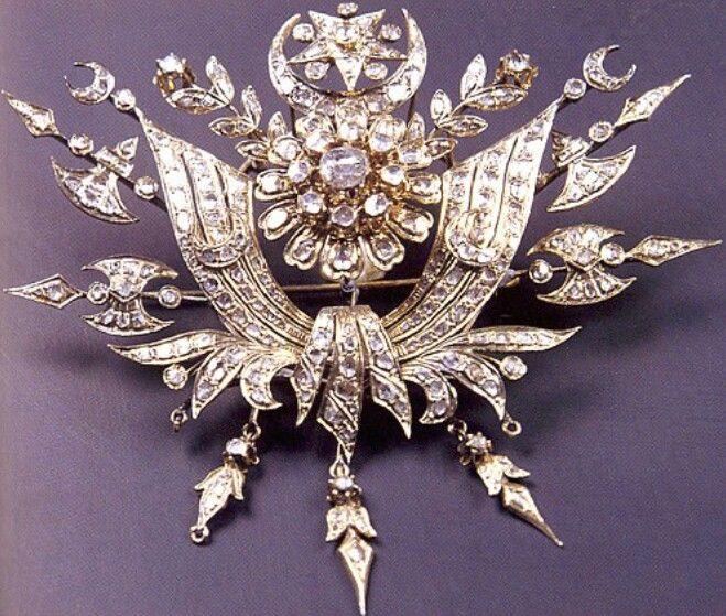 Ottoman brooch