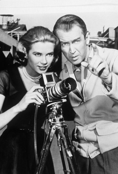 Grace Kelly and Jimmy Stewart on set of Rear Window (Alfred Hitchcock, 1954)