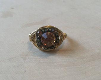 Filo avvolto anello Druzy di BohemianRiver su Etsy