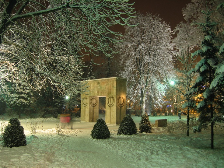 Brancusi - Poarta Sarutului - Targu Jiu - Gorj - Romania