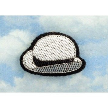 /5716-5714-thickbox/broche-chapeau-collection-magritte.jpg