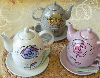"@Behance portfolio: ""Teapots ceramic hand-painted"" http://be.net/gallery/33216455/Teapots-ceramic-hand-painted"