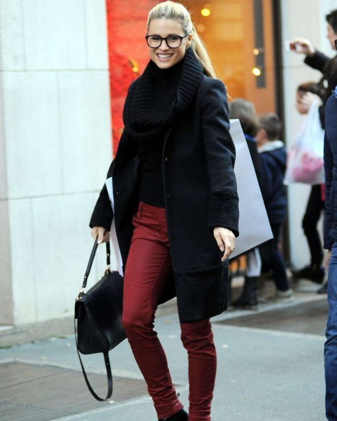 Michelle Hunziker out shopping in Milan #wwceleb #ff #instafollow #l4l #TagsForLikes #HashTags #belike #bestoftheday #celebre #celebrities #celebritiesofinstagram #followme #followback #love #instagood #photooftheday #celebritieswelove #celebrity #famous #hollywood #likes #models #picoftheday #star #style #superstar #instago #michellehunziker