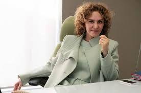 Resultado de imagen para mujer ejecutiva trabajando