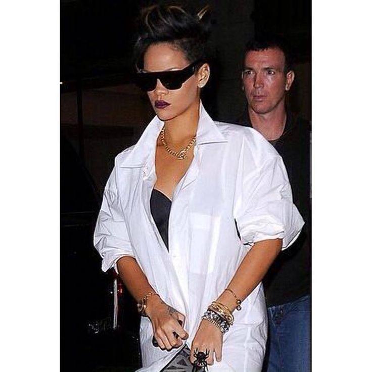 Rihanna looks flawless with our Super Sunglasses.  http://shopigo.com/p/1004623/super/flat-top-black  #shopigo #availableonsite #rihanna #fashion #celebrity #super #sunglasses #casual #essential #blackandwhite