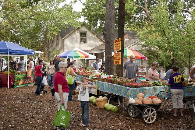 chestnut square farmers market in McKinney Texas