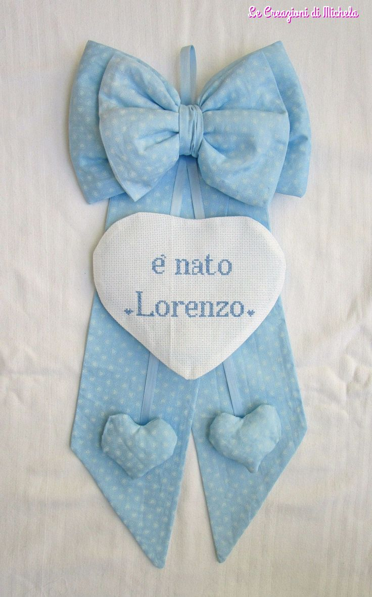 fiocco nascita con cuori pendenti personalizzato per Lorenzo; Per info: http://lecreazionidimichela.it.gg/home.htm
