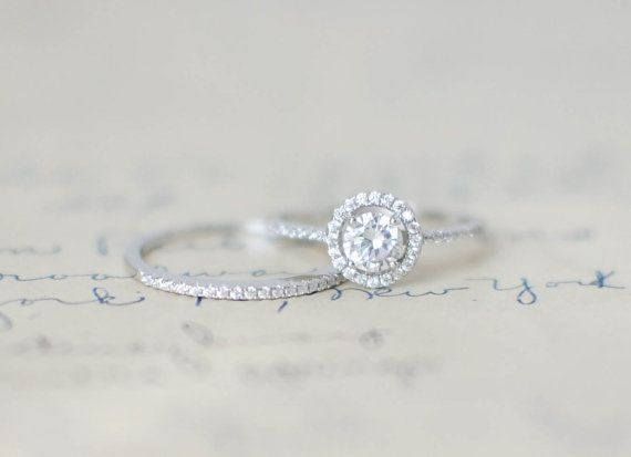 17 Best ideas about My Engagement Ring on Pinterest