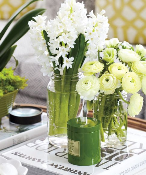 Flowers in Mason Jars! Totally my fave.