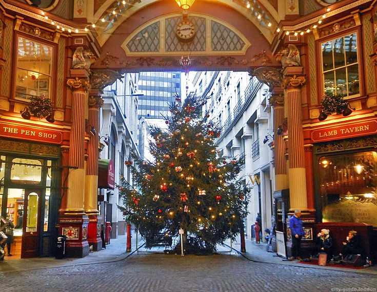 Christmas tree in Leadenhall Market, London in 2020