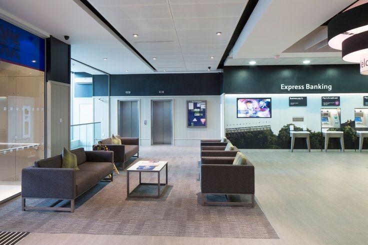 Royal Bank of Scotland, Princes Street, Edinburgh, Armstrong Sufity Podwieszane, ceiling, acoustic, sufit akustyczny, reception, lobby