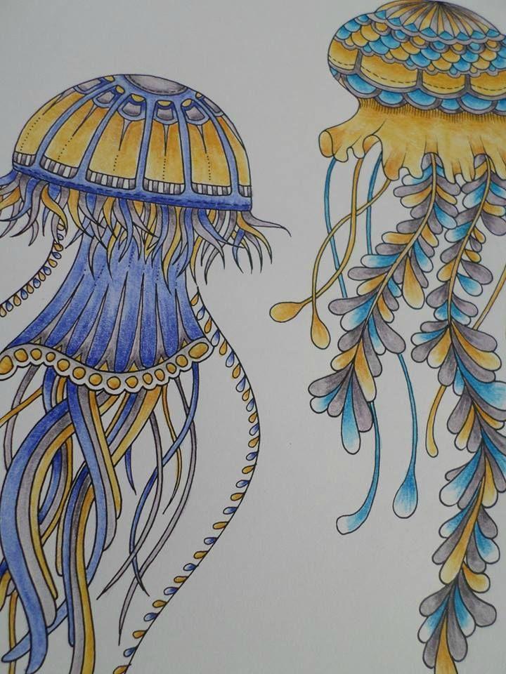 Colo d'un groupe de 3 meduses :) Bonne journée Livre Ocean Perdu de Johanna Basford