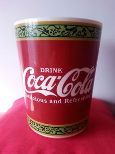 17 Best Images About Coca 39 Cola On Pinterest Diet Coke Bottle And Soda Fountain