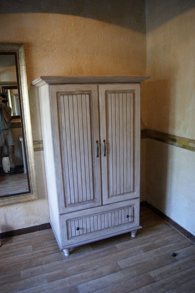 A Requested Vintage styled Wardrobe/Cupboard. Amazing!!