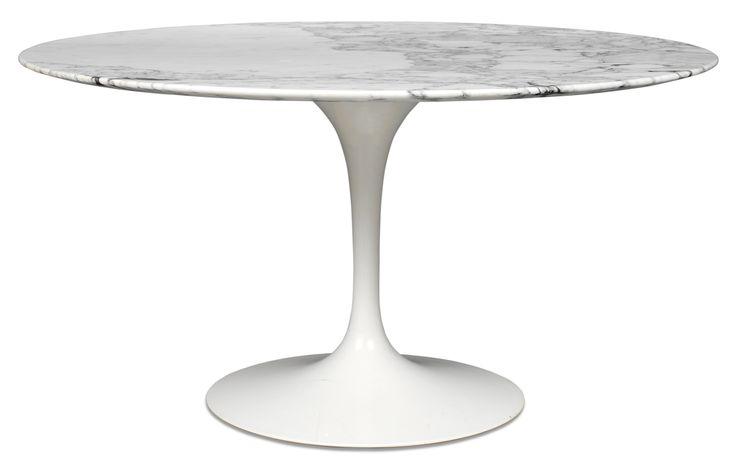 Saarinen table by Knoll, design Eero Saarinen