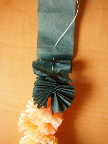 Tissue Paper Leis | what i do