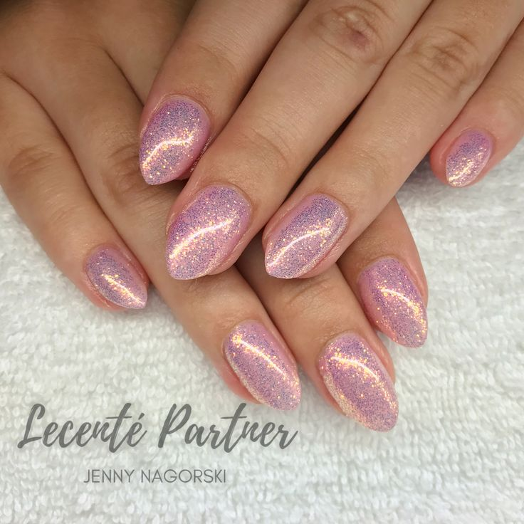 Pink Nails with CND Shellac & Lecente Glitter