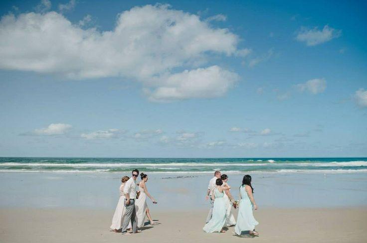 Beach wedding,Broken Head Beach, Byron Bay NSW, aqua bridesmaids dresses, David Moore Photography