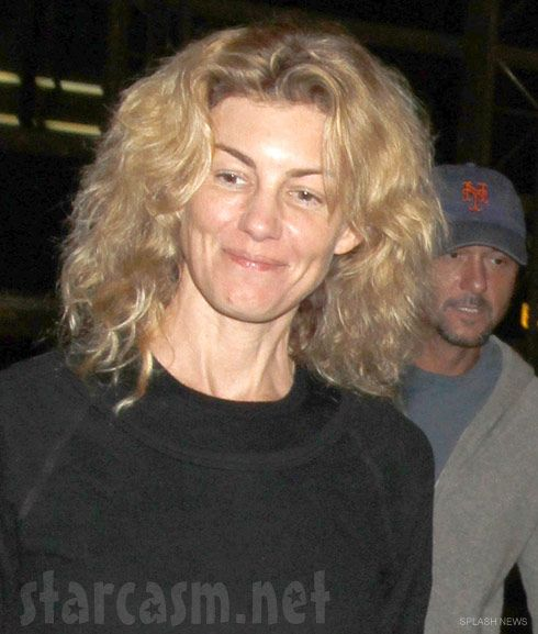 Faith Hill...I know, never would have guessed right? Even celebs looks like us normal people without the glam and makeup!