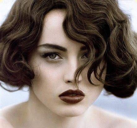 Google Image Result for http://mediumhairstyleupdate.com/wp-content/uploads/2012/08/finger-wave-hairstyles8.jpg