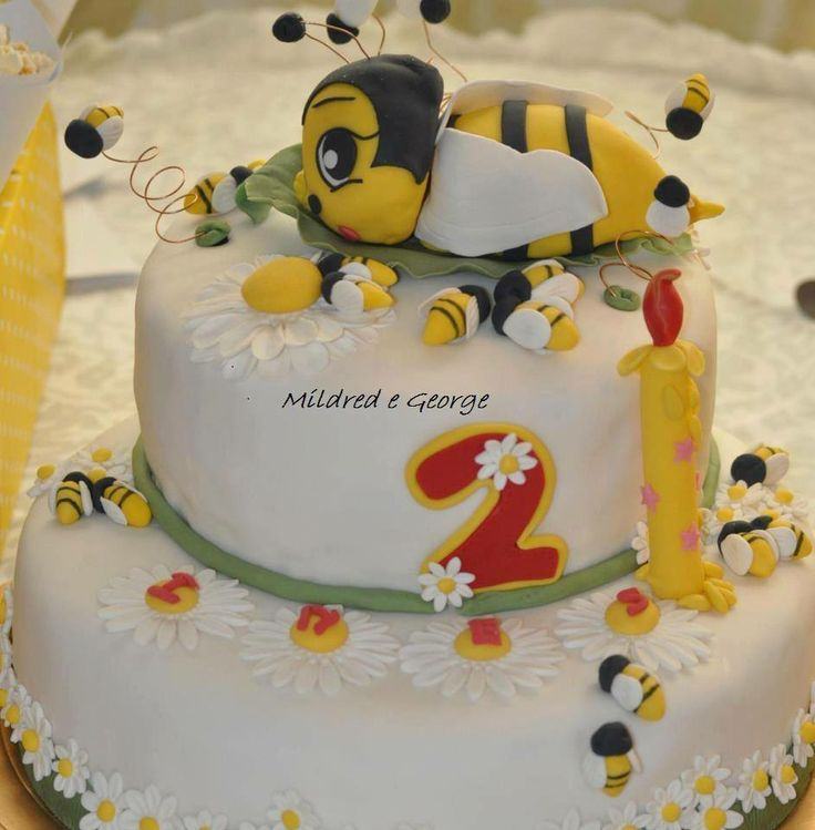 Torta con ape