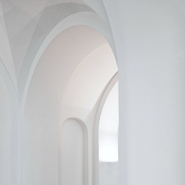 the-whiteness-of-milk:  Hall by Wouter and Canon on Flickr.