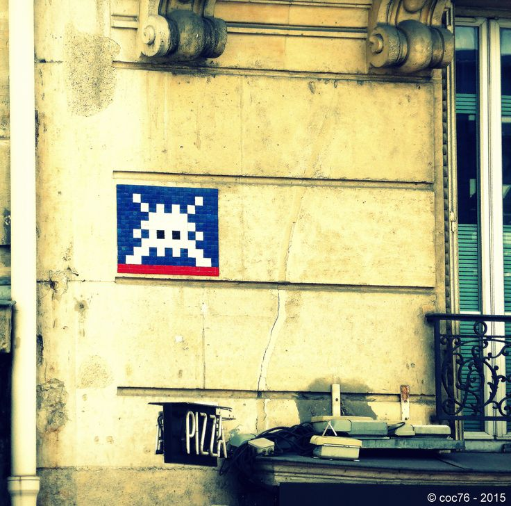 https://flic.kr/p/saDMw7 | Invader - PA_967 | Invaders in Paris! ----------------------------------- PA-967 - Quai Branly et bd de Grenelle