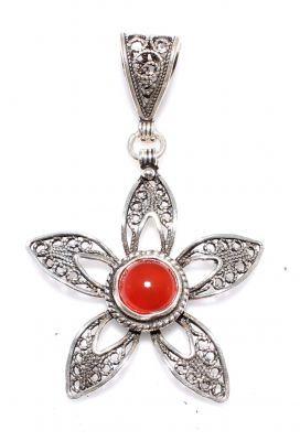 925 Ayar Gümüş Kırmızı Akik Taşlı Çiçek Şeklinde Telkari Kolye Ucu