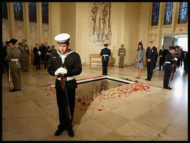 Prince William and Catherine lay a wreath on ANZAC Day inside the Australian War Memorial. Photo: Getty Image