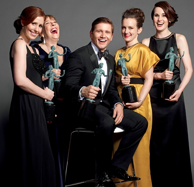 "Actors Amy Nuttall, Phyllis Logan, Allen Leech, Sophie McShera & Michelle Dockery (L-R), winners of Outstanding Performance by an Ensemble in a Drama Series for ""Downton Abbey"", appear backstage with their awards at the 19th annual Screen Actors Guild Awards held in Los Angeles on January 27, 2013."