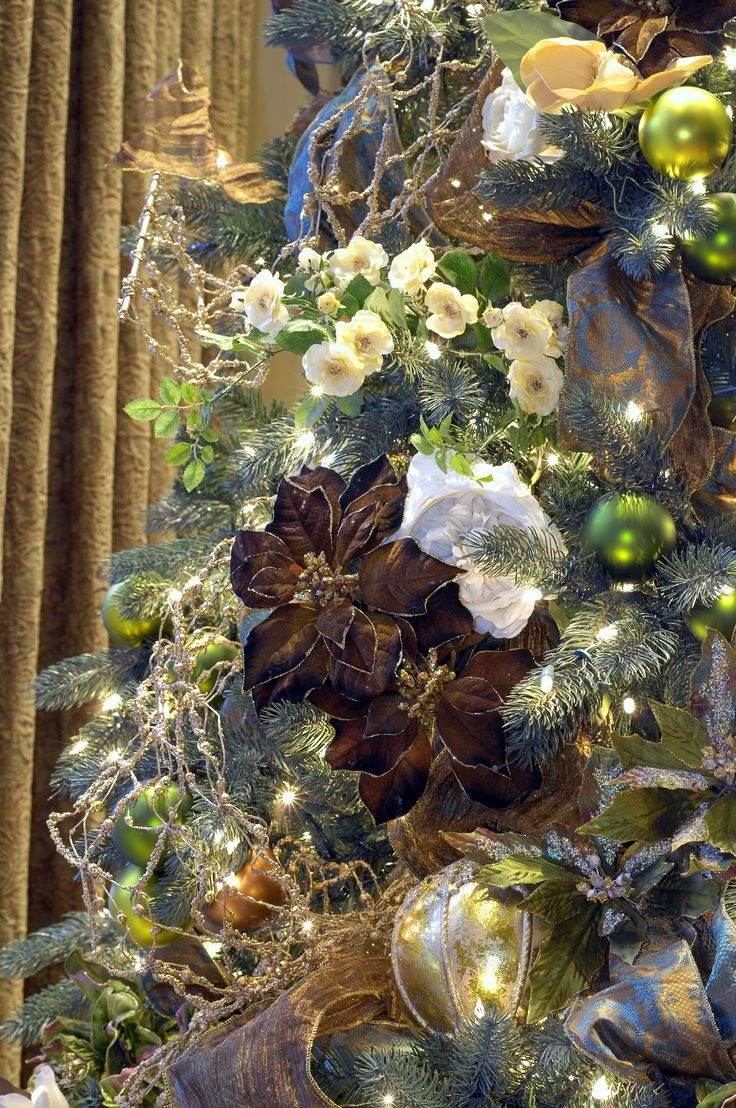 Grand Christmas Tree Dressed In Blue, Green, Chocolate, Cream And Antique  Gold Topliment A Modern Tuscan Home
