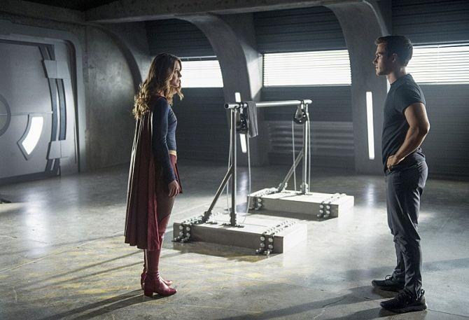 Supergirl: Melissa Benoist on Kara/Mon-El Relationship   Den of Geek