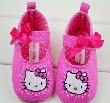 n1220 kız bebek sevimli bebek ayakkabı hello kitty çocuklar yumuşak ayakkabılar uygun 0-18mths pembe siyah 6pairs/lot ücretsiz nakliye(China (Mainland))