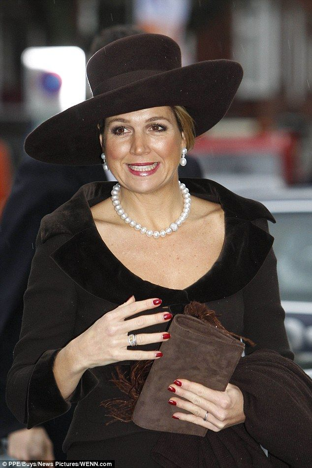 Máxima was undertaking the official duty while her mother-in-law, Princess Beatrix of the Netherlands attended the funeral of the late Queen Fabiola of Belgium