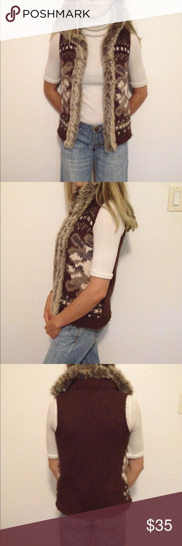 Authentic Austrian Knit Vest This is an Austrian brand fall/winter vest. It has a faux-fur lined color and is made out of a warm wool-blend. Modal wears a size 2. Open to offers. Benetton Tween Jackets & Coats Vests