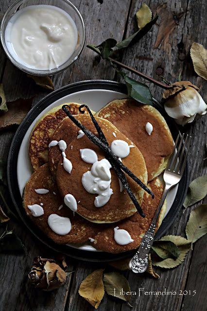 Pancake senza glutine con yogurt alla vaniglia