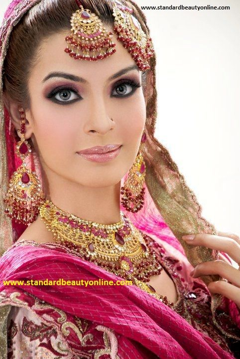 IndoPak #Bridal Jewelry, Makeup's nice too