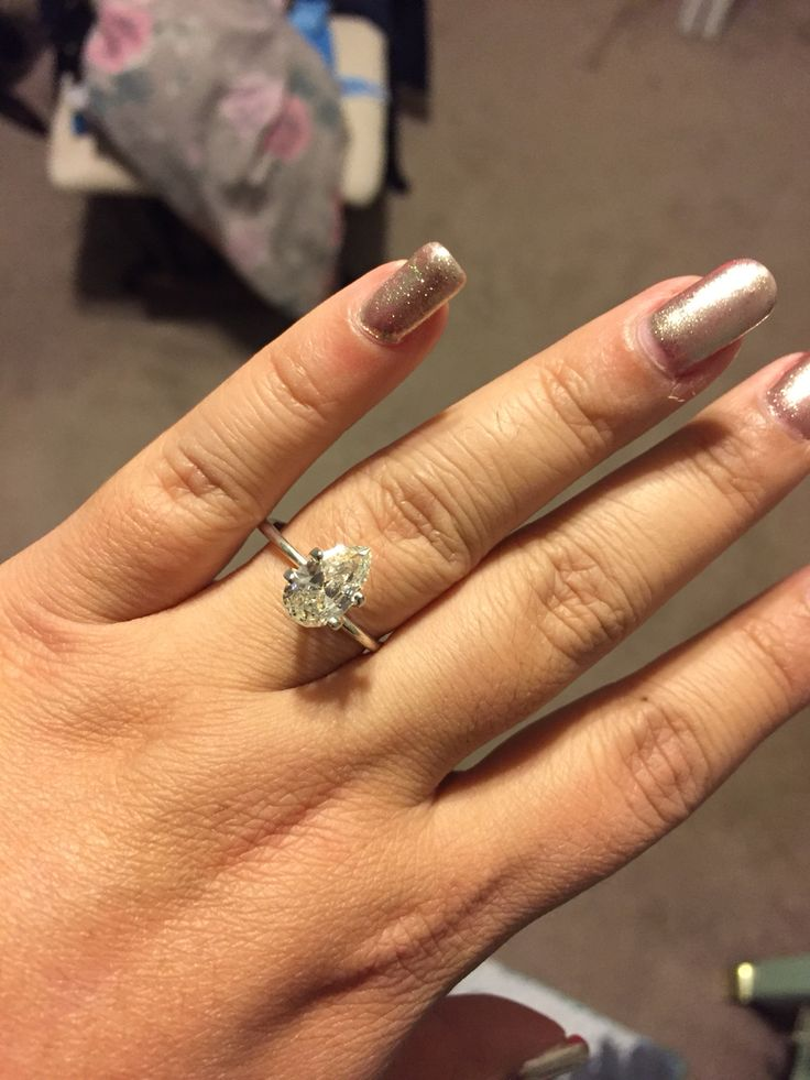 1000 Ideas About Pear Diamond Rings On Pinterest Engagement Rings Pear Di