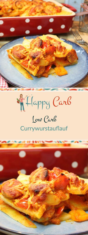 Das Nationalgericht heute mal aus dem Ofen. Mit Kohlrabi Gemüse-Pommes und einer perfekten Currysoße. Low Carb Rezepte von Happy Carb. https://happycarb.de/rezepte/fleisch/currywurstauflauf/