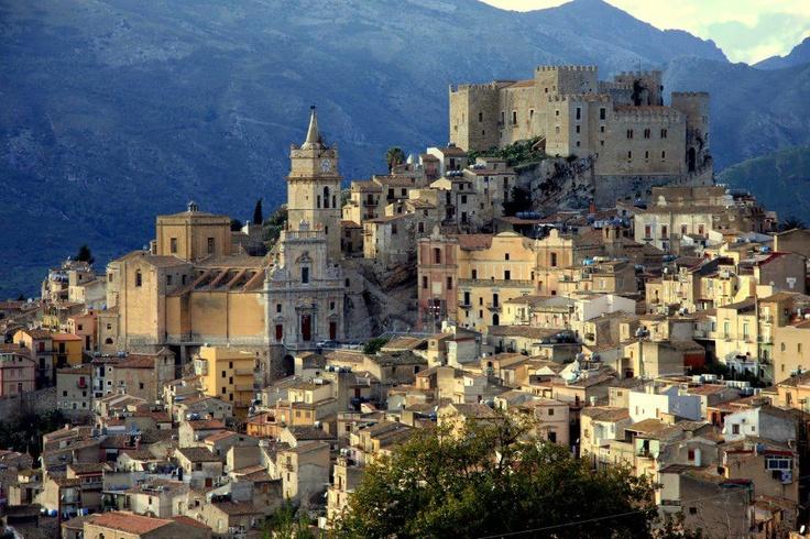 Caccamo, Palermo, Sicily   Photo courtesy of Francesco Corsello