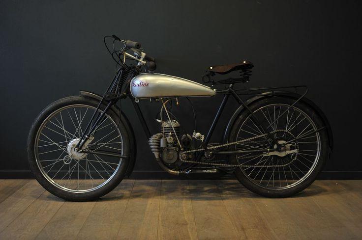 les 28 meilleures images du tableau mot vint sur pinterest cyclisme moto et motos. Black Bedroom Furniture Sets. Home Design Ideas