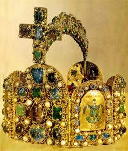 Crowns in different cultures - History Forum ~ All Empires -Crown of the Holy Roman Empire