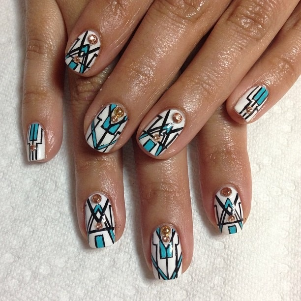 1000 ideas about art deco nails on pinterest nail nail pretty nails and gatsby look. Black Bedroom Furniture Sets. Home Design Ideas