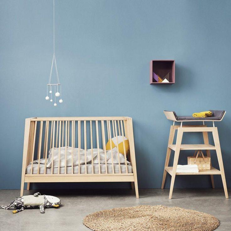 Leander Linea Babybett in Eiche online kaufen | KidsWoodLove